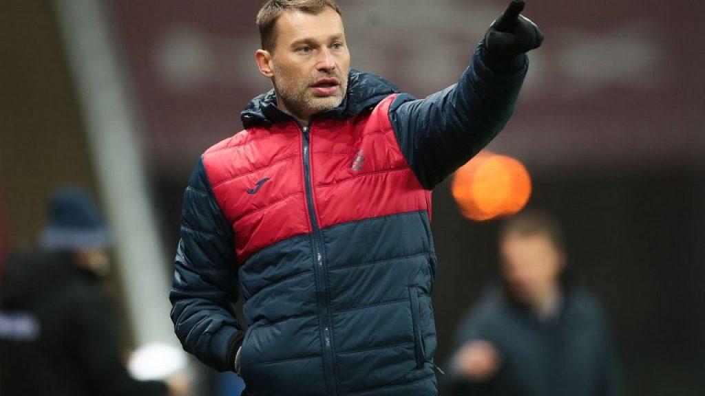 Василий Березуцкий просто обязан внести в игру коллектива новые мысли